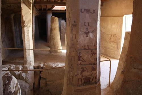 Ankhtifi interior with burial shaft